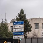 Elfogták a két férfit, akik rálőttek az ankarai amerikai nagykövetségre