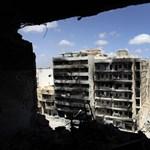 A NATO újra bombázza Tripolit