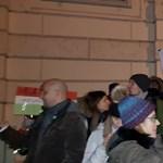 Bécsben, Debrecenben és Nyíregyházán is tüntettek a kormány ellen