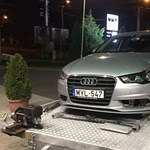 Összetörték a civil autónak tűnő Audi elfogó rendőrkocsit
