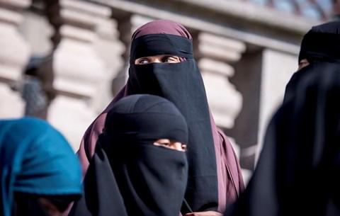 muszlim nő keresi az ember a házasságot oldal találkozó tanú jehova