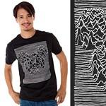 A nap pólója: Mickey Mouse pólón ad randevút a Joy Divisionnek