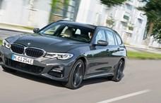 Lefelé nyit a BMW: olcsóbb új plugin hibrid 3-as és 5-ös érkezett
