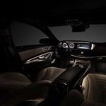 Fotókon a Mercedes új luxuslimuzinja