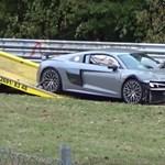 Két vadiúj Audi R8-at is leamortizáltak – videó