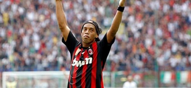 Ronaldinho még tíz évig akar profi focista maradni
