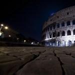 Fotó: elsötétült a Colosseum
