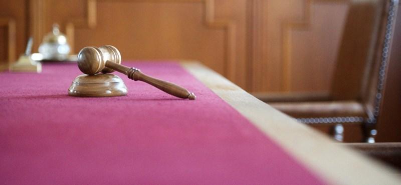 Bíróság elé állt a csecsemőgyilkossággal vádolt pásztói nő