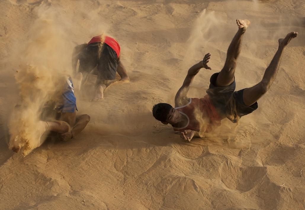 2012. június 12. Delhi: indiai boxolók reggeli küzdelme - évsportképei