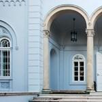 Pazar palotát vesz magának a kormány karácsonyra