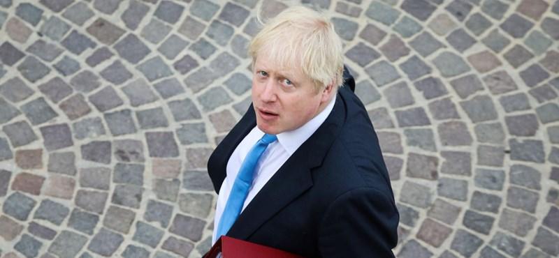 """Boris Johnson: """"Az emberek kezdik úgy érezni, hogy a bolondját járatják velük"""""""