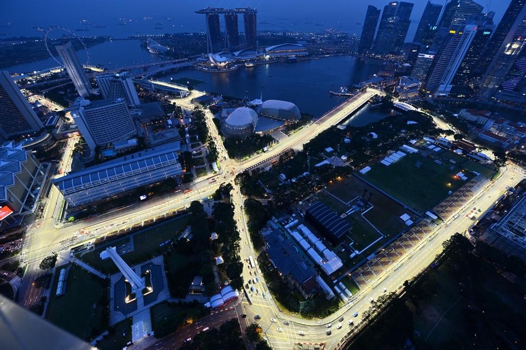 2012. szeptember 17. - Szingapúr, Forma-1: a soron következő verseny nyomvonala, ahol a versenyzők éjszaka küzdenek meg egymással. - évsportképei