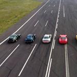 Így gyorsul egymás ellen hét generáció Porsche 911 Turbo