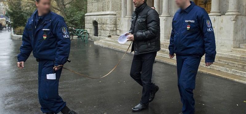 Bundabotrány: Aczél továbbra is gyanúsított