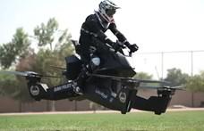 Dubaiban a rendőrök már olyan járművekkel mennek, mint a Jedi visszatérben – videó