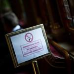 Már augusztus közepétől tilos a dohányzás az Parlamentben