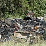 Halottat találtak egy kigyulladt lakókocsiban Érden - fotó