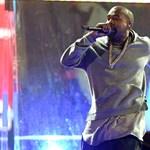 Feljelentették Kanye Westet, mert becsapta rajongóit