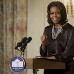 Elcsukló hangon búcsúzott Michele Obama