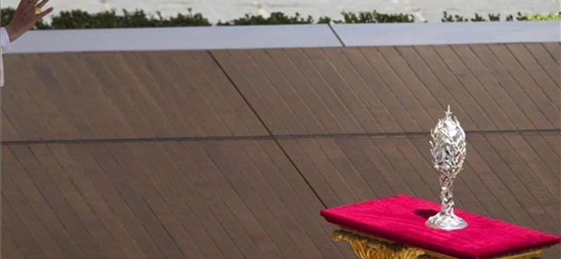Az amerikai nővérrendek körmére néz a Vatikán