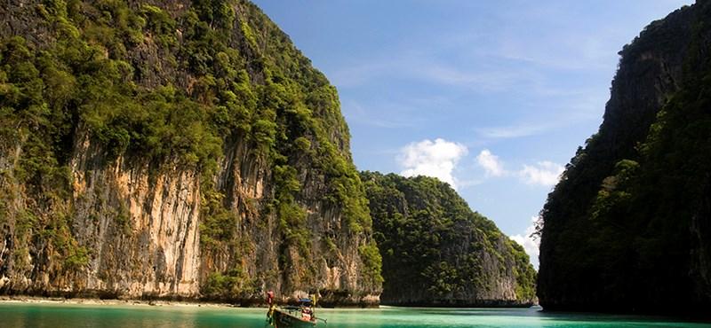 Akár egy év börtönt kaphat, aki a strandon dohányzik Thaiföldön