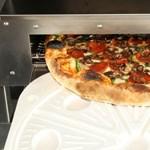 Embertelen pizza - arrivederci olasz tésztazsonglőrök?