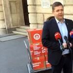 EP-választás: Ötvenezer ajánlást adott le az MSZP–Párbeszéd