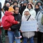 Példátlan felhatalmazás: népharag elől menekültek a fideszes képviselők