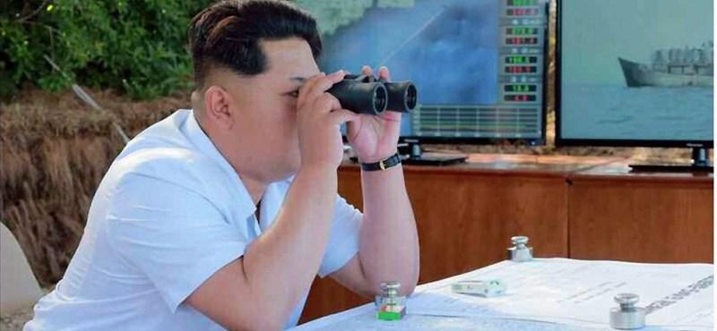Döcögve szeli az eget Kim Dzsong Unék műholdja