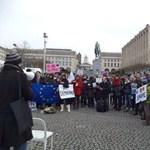 Alaptörvény 2.0: Brüsszelben is tüntettek