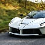 Budapesti autó ínyencfalatok: mutatjuk a Ferrari-őrült milliárdos ritkaságait
