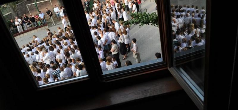 Tanévkezdés: 665 tanár tűnt el az iskolákból