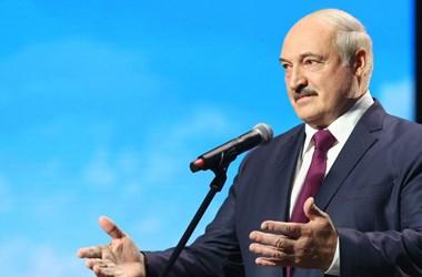 Lukasenka szerint az új alkotmány után már nem ő lesz a fehérorosz elnök
