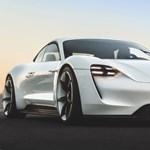 Kémvideó: kamu kipufogóval tesztelik a Porsche első villanyautóját