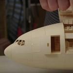 Tud papírrepülőt készíteni? Fogadjunk, hogy ilyet nem – pedig nagyon akarná