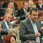 Megint egy emberére szabná a törvényeket a Fidesz