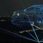 2000 drónnal rendezett futurisztikus légiparádét Kínában a Volkswagen – videó