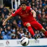 Tízmeccses eltiltás Suarez harapása miatt