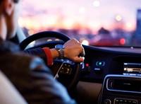 Kutatók kimondták, hogy veszélyesebben vezetnek a férfi sofőrök, mint a nők, de sok még a kérdőjel