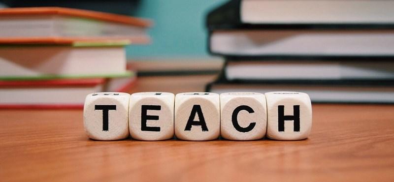 Egy fillér év végi jutalmat sem kapnak a Klebelsberg Központ iskoláiban dolgozó tanárok