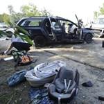 Képeken a Pilisvörösvárnál történt baleset, ahol 8-an sérültek meg