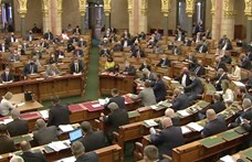 Elfogadta a parlament a civiltörvény visszavonását