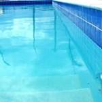 Még egy hosszt sem úsztak benne, de máris drágább az új szegedi sportuszoda