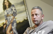 Elővette 45 éves patika Zsiguláját Schobert Norbert és meg is hajtotta