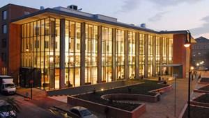 Itt a lista: ennyien tanulhatnak szeptembertől a Semmelweis Egyetemen
