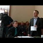 Rogán sajtótájékoztatón, Juhász a bíróságon bizonygatta, hogy nincs közük Portikhoz – videó