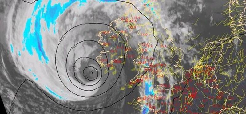 Így indult Európa felé a hurrikán - gyorsított műholdas videó