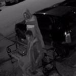 Igazi pancserek törtek fel autót Rákospalotán, keresik őket – videó