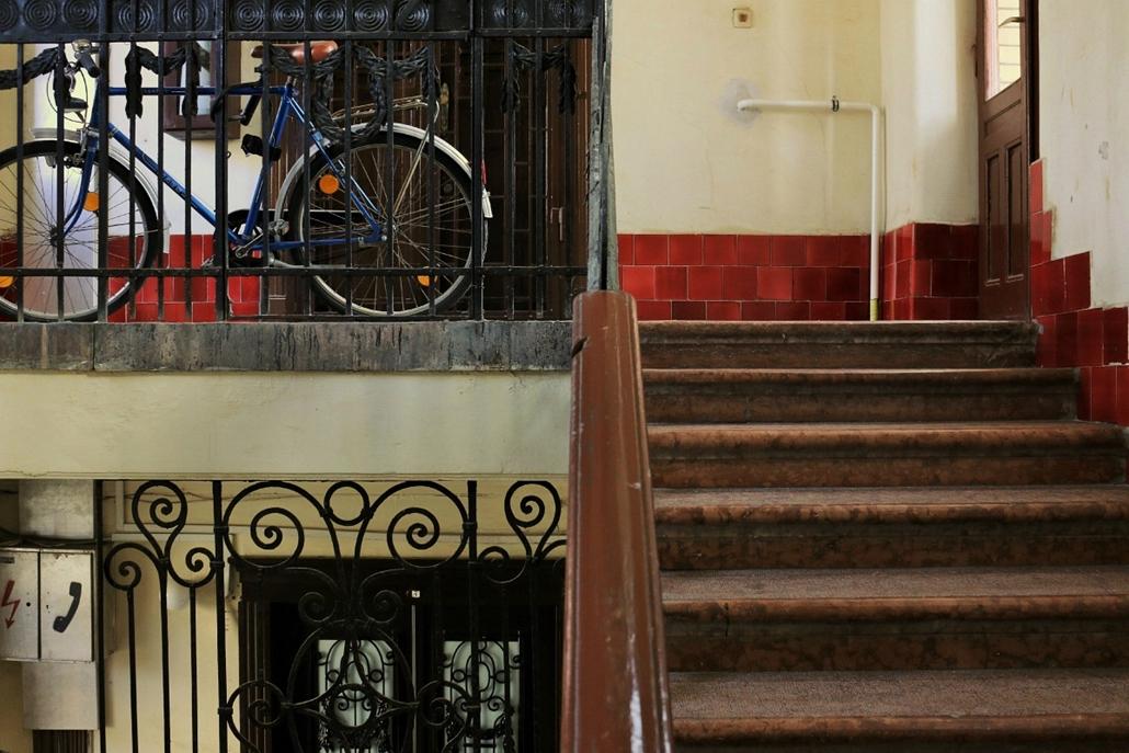 e_! szellemkép szabadiskola fotói, Budapest100 baross_87b_sandor emese (0a) (4)