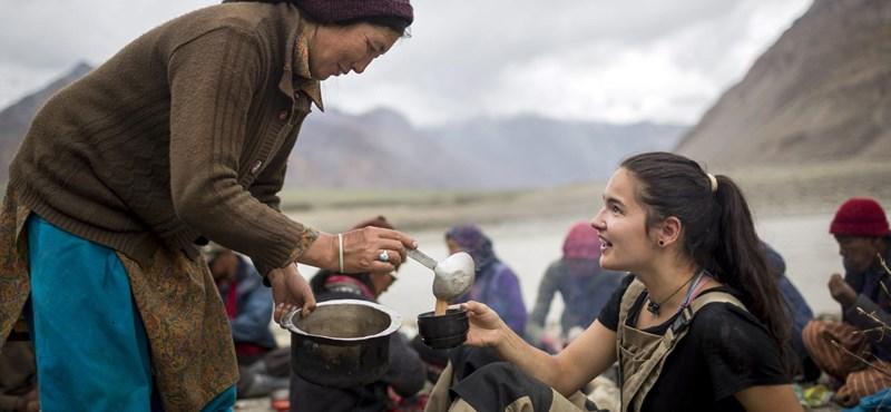 A nap képe: magyar önkéntesek építenek iskolát Indiában